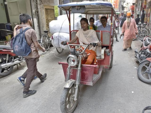 e-rickshaws,Ludhiana,women to be trained