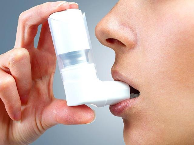 Asthma patients in the city have installed air purifiers in their homes to escape infection.