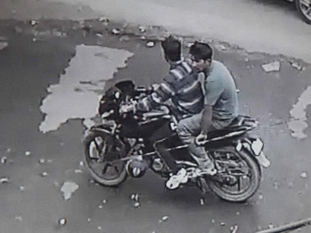 The miscreants caught on CCTV in Sector 9, Panchkula on Tuesday.
