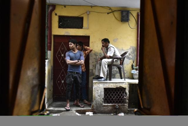 By lanes of Chand Bagh in Bhajan Pura area of East Delhi where twelve men, alleged members of the terror organisation Jaish-e-Mohammad (JeM), were detained by the Delhi Police Special Cell following raids across Delhi. (Photo by Vipin Kumar / Hindustan Times)