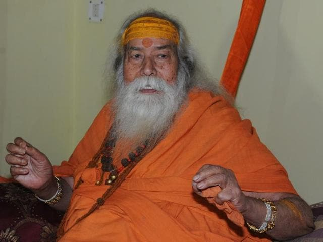 Shankaracharya Swaroopanand Saraswati takes a dig at BJP's Clean India Mission in Bhopal on Tuesday.