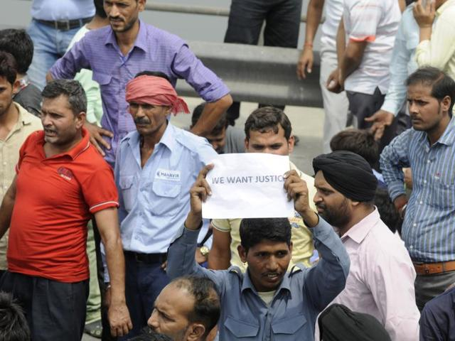 Transporters and cab aggregators have demanded separate registration of all-India tourist permit taxis and at least five years to phase out their diesel-run vehicles