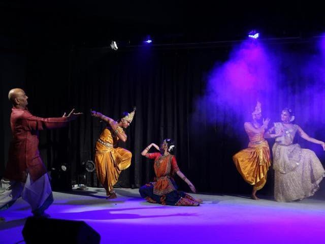 Students of Natya Tarangini performing on stage.