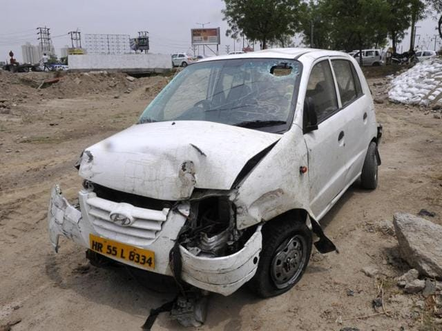 In another incident, a car fell off a flyover on the Noida-Greater Noida expressway on Friday, injuring three persons.