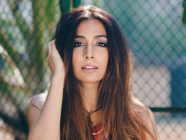 Monica Dogra,Singer,Entertainment