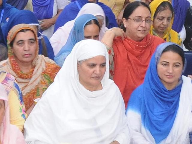 Shiromani Akali Dal women's wing chief Jagir Kaur and participants at the wing's leadership conclave at Paonta Sahib in Himachal Pradesh on Saturday.