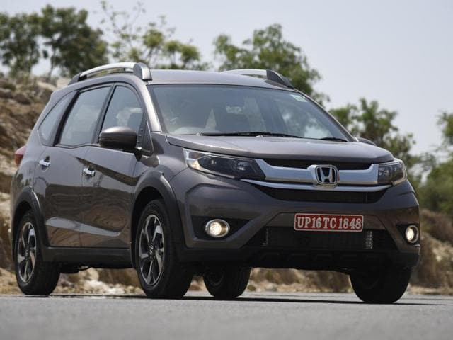 Honda has tried to give the BR-V proper SUV credentials with a beefy face and a stylish rear but it bears a striking resemblance to the Mobilio MPV, especially in side profile.