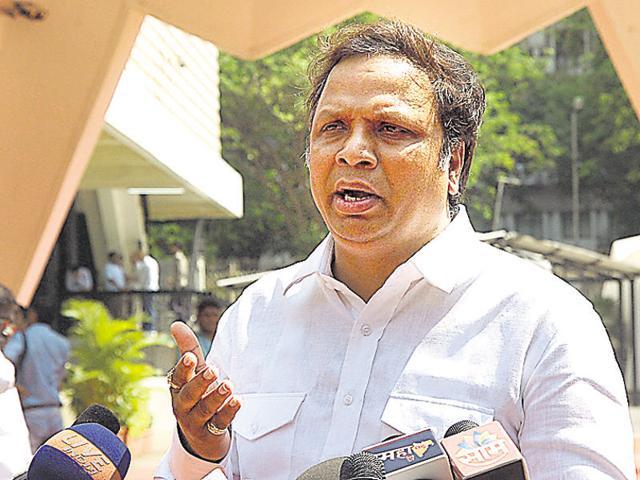 Water fight: BJP accuses Sena of backing tanker mafia again