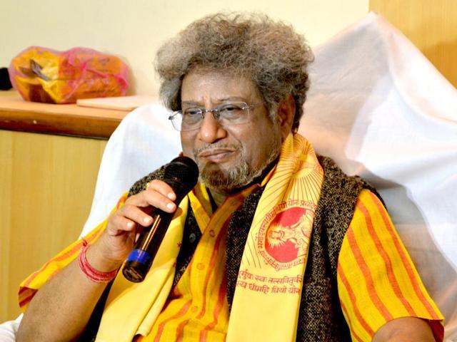 Dr Pranav Pandya