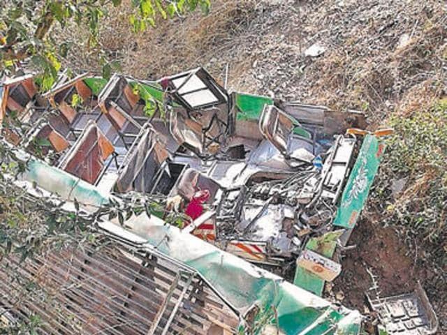 12 dead, 38 injured as bus falls down valley in Himachal Pradesh