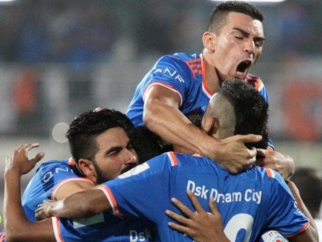 Fans of such a team would feel done in should FC Goa start on -15 points. Ditto players and the coaching staff. And it would make FC Goa's chance of qualifying for the semi-finals very, very difficult.
