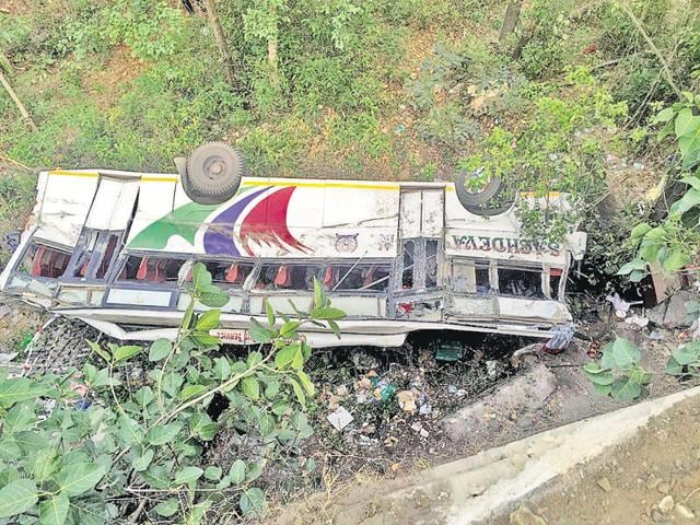 A private bus (PB-02-CR-5571)— on its way from Amritsar's Chaitta village to the revered shrine of Jwalaji in Kangra district — skidded off the road and rolled down a gorge near Dhaliara, around 60km from Dharamshala