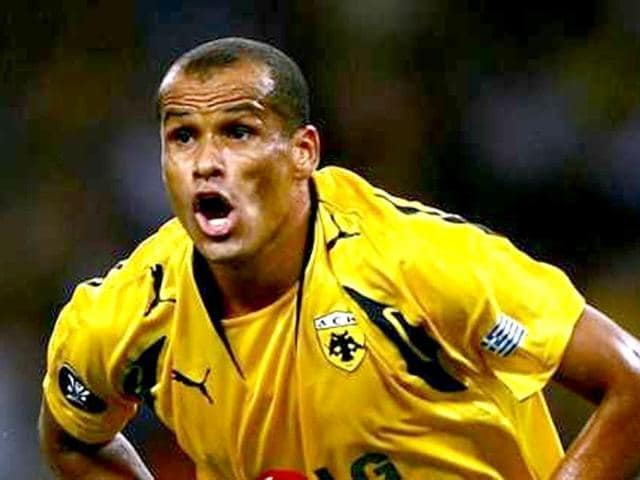 Rivaldo posted the warning on his Instagram account and alluded to the case of a 17-year-old woman killed on Saturday in a shootout in Rio.
