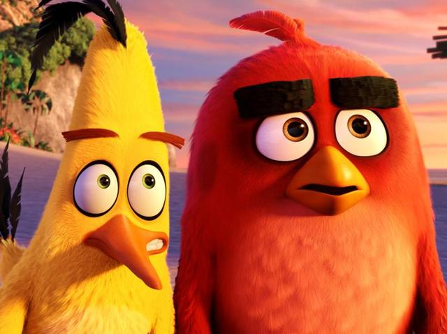 Chuck (Josh Gad) and Red (Jason Sudeikis) on the beach in Columbia Pictures and Rovio Animation's The Angry Birds Movie.
