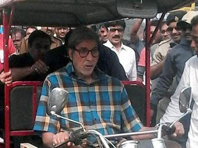 Amitabh Bachchan in a still from TE3N which also stars Vidya Balan.