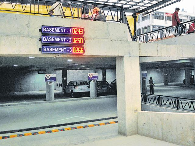 Chandigarh,first multi-level parking,Sec 17