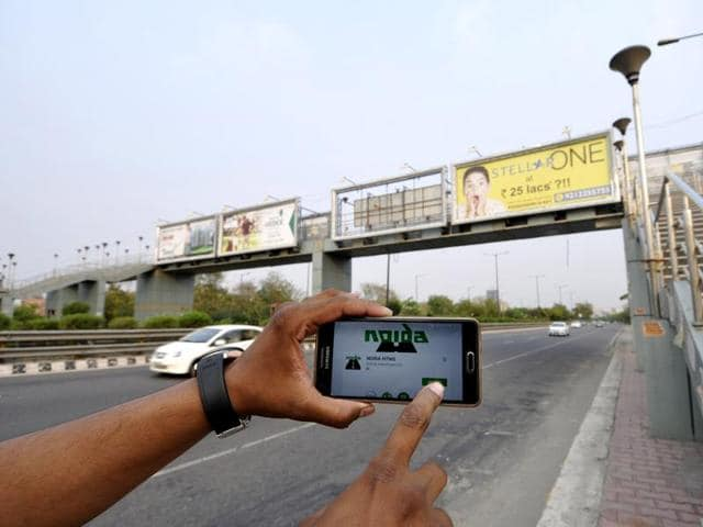 Mobile-based highway traffic management system application has been helpful for commuters in distress on the Noida-Greater Noida expressway.