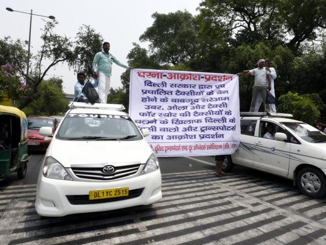 Diesel taxis in Delhi on April 30 after the Supreme Court refused to give more time for their phase-out. The court has since relented.