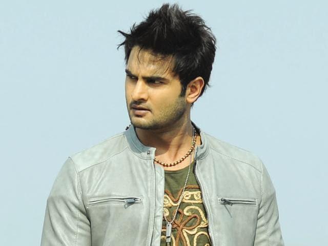 Sudheer Babu,Tiger Shroff,Shraddha Kapoor