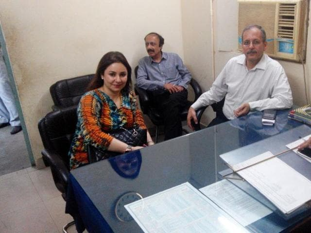 Sachin's new flat,Sachin buys new flat,Greater Noida