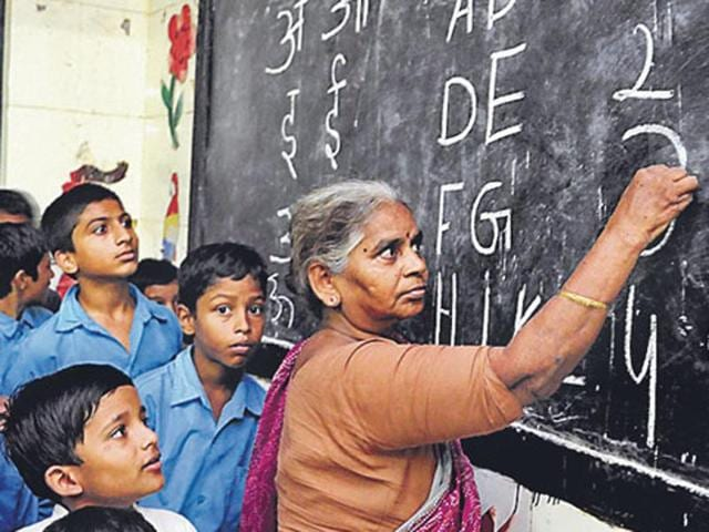 right to education in india The right to education is one of the human rights, but it is not used by everyonethe right should make everyone equal and help to end unequal it is thought that all children should go to school for primary education from the age of.