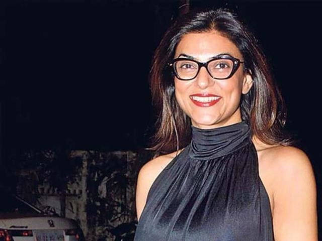 Sushmita Sen showed up for the screening of a Bengali movie in Juhu, Mumbai. (Photo: Yogen Shah)