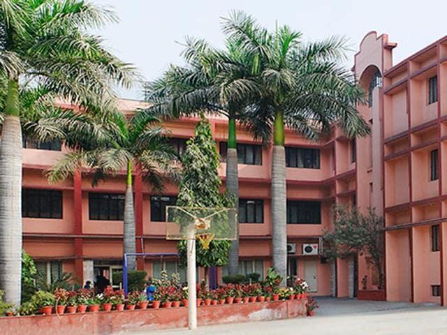 Sharda International School,Gurgaon,Teacher slapped student