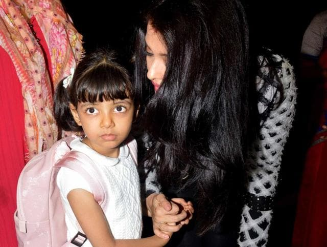 Aishwarya Rai Bachchan with daughter Aaradhya at Mumbai airport as they leave for Cannes.