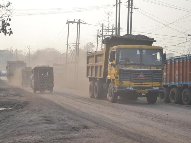 Environmentalists and pollution control authorities blamed the growing number of coal mines, mushrooming coal-based industries, power plants, hard coke units and vehicular emissions for the rise in city pollution.