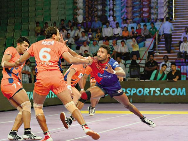 Considered as one of the most formidable raiders in the Pro Kabaddi League, Kashiling Adake (in red and blue) once worked in a sugarcane factory and survived on one meal a day