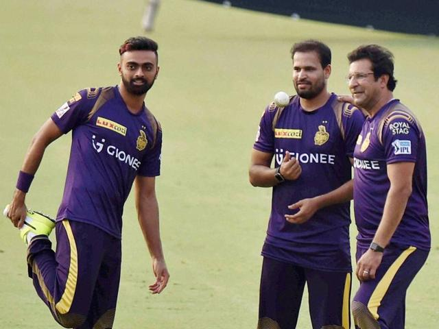 KKR's assistant coach Simon Katich has admitted that the Eden pitch has not helped spinners.