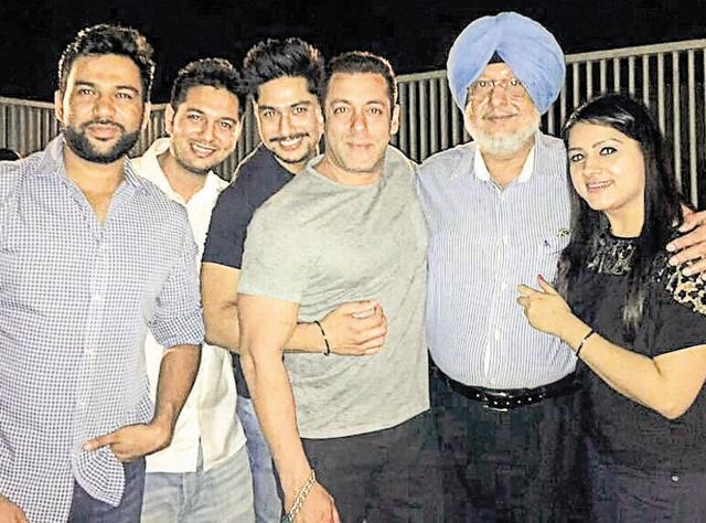Salman Khan's teacher Manjitinder Singh Bedi (2nd from right), along with his family, in Ludhiana on Friday.