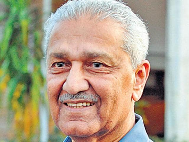 Pakistani nuclear scientist Abdul Qadeer Khan's family has  been named in the Panama Papers leak .