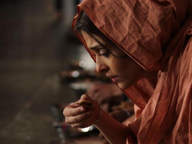 Aishwarya Rai Bachchan,Dalbir Kaur,Randeep Hooda