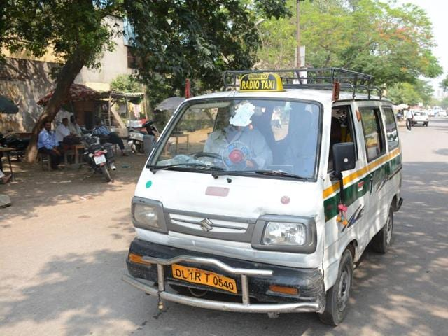 Three unidentified men thrashed the driver of a taxi and made off with the vehicle near Aujla village, prompting police to sound an alert in the neighbouring areas.