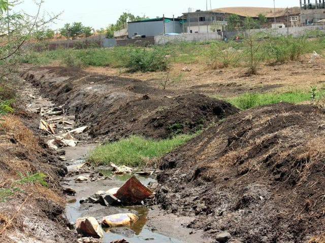 Villagers complain of over-polluted nullahs and of yellow water that comes out from the hand pumps.