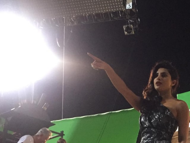 It's like Priyanka Chopra is shooting magic out of her fingers.
