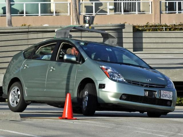 Robot,Driver,Car