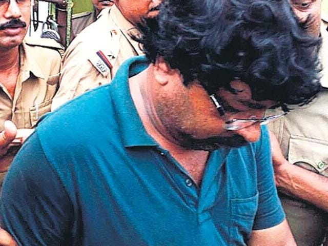 Prime accused Trinamool strongman Tapas Mullick claimed he was at the scene to break the scuffle between the youth and his attackers.