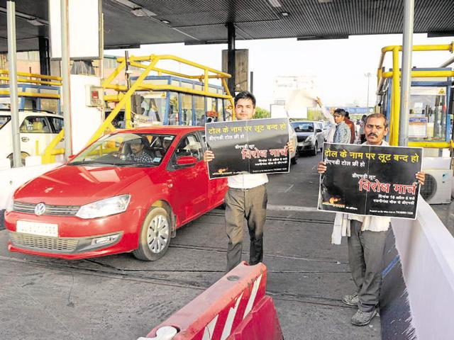 Residents have been demanding removal of toll charges at DND Flyway for three years.