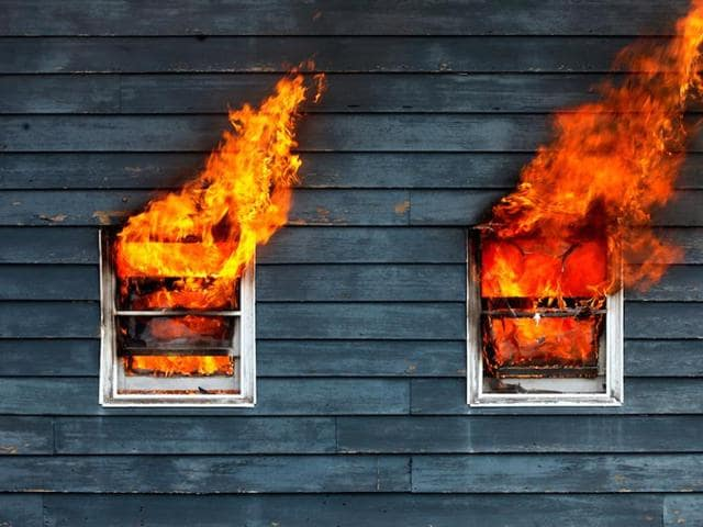 In a fit of rage, a Saudi woman set her home in Jazan port city on fire after her husband texted her that she married another woman.