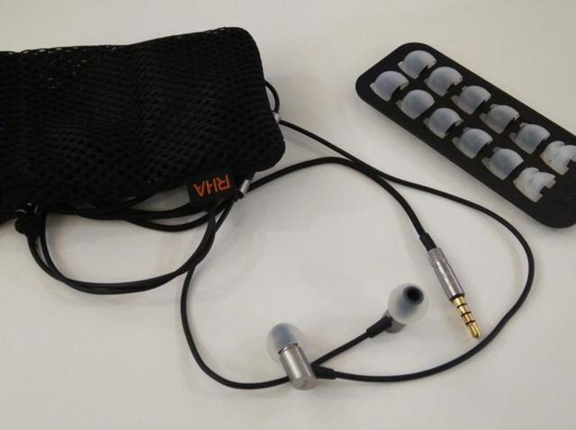 Reid Heath Acoustics,S500 in-ear headphones,micro-dynamic drivers