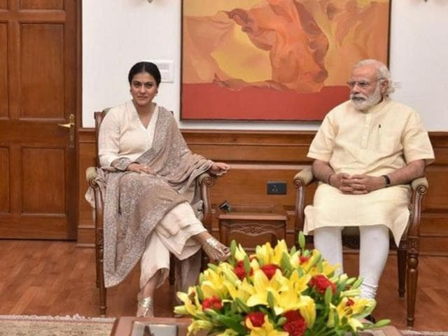 PMModi and Kajol discussed about Help A Child Reach 5 campaign. (Twitter)
