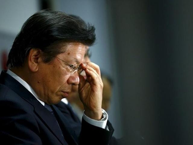 Mitsubishi Motors Corp's President Tetsuro Aikawa will quit, taking responsibility for the fuel economy data scandal.