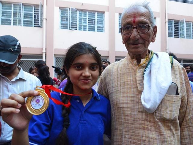 Bhopal's Model High School student Sonali Chaturvedi bagged sixth rank in science-biology stream in MP Board Class 12 exam.