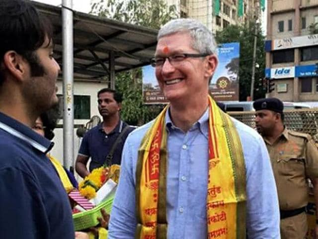 Tim Cook,Apple,Tim Cook in India