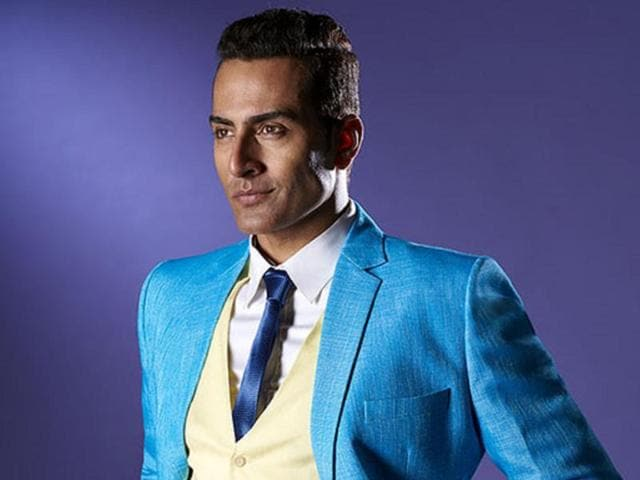 Actor Sudhanshu Pandey is busy finalising the cast of a Tamil film that he is producing.