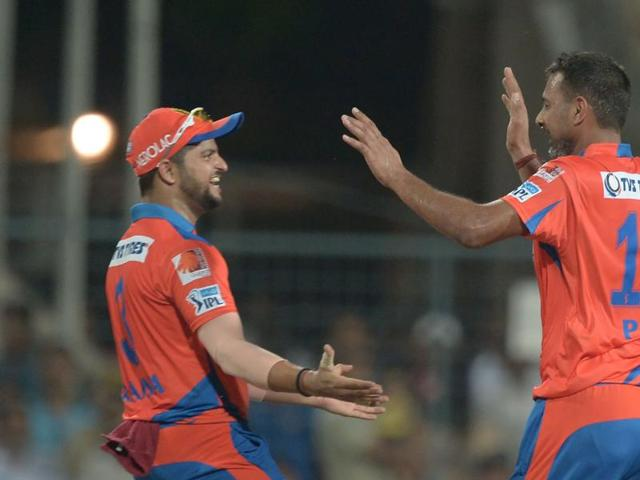 Gujarat Lions' Praveen Kumar (right)  is eyeing a comeback to the India team.