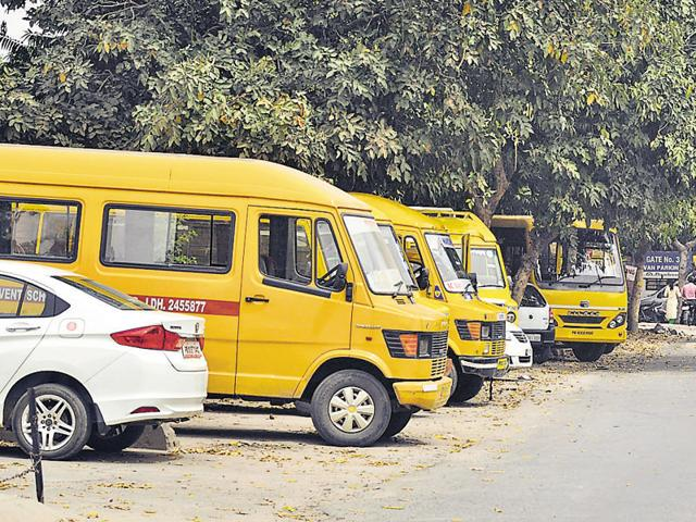 Emergency number,Number on school buses,Chandigarh