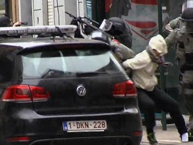 Paris attacks suspect,Belgian police,Mohamed Abrini